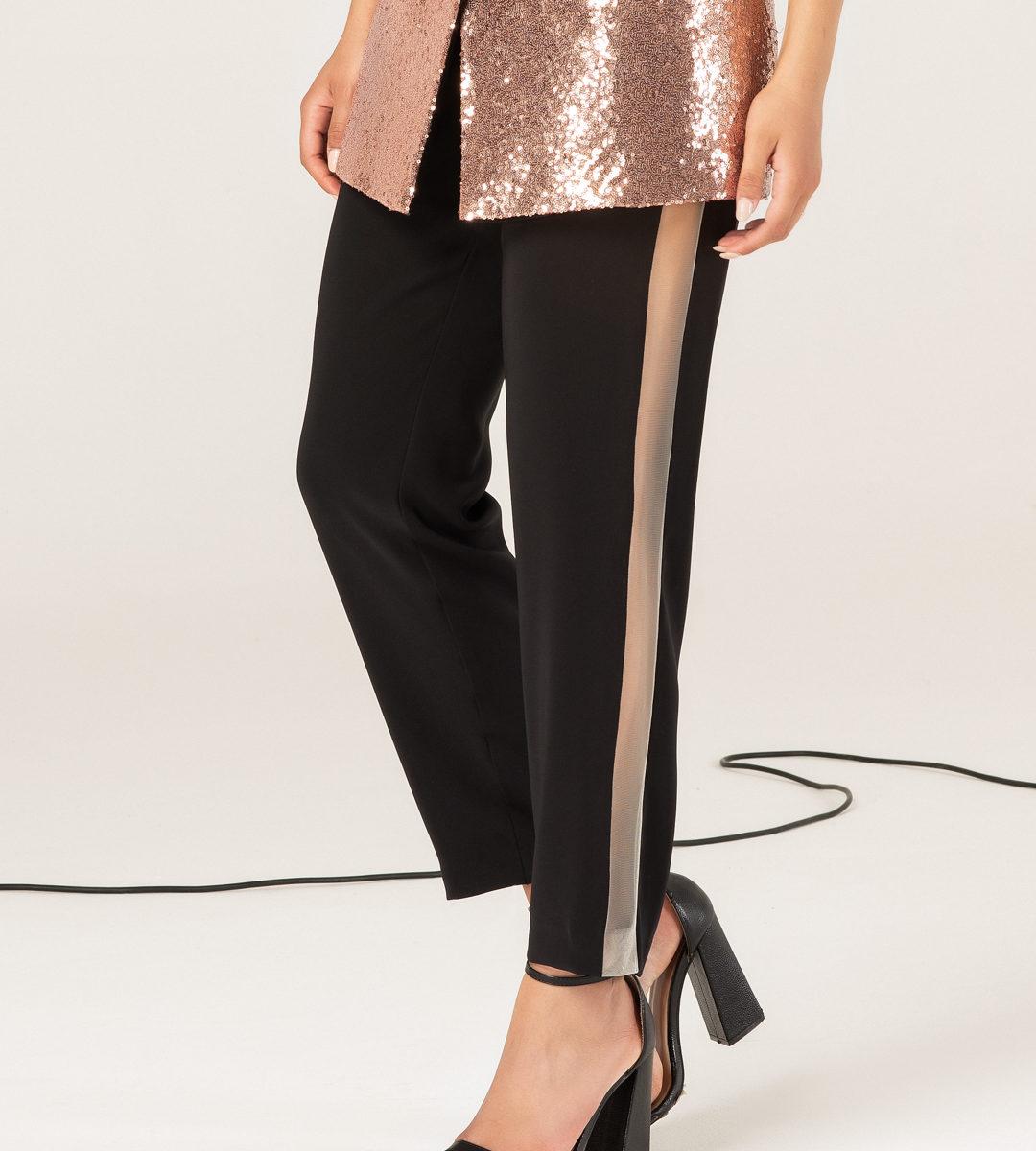 Pantalone con trasparenza